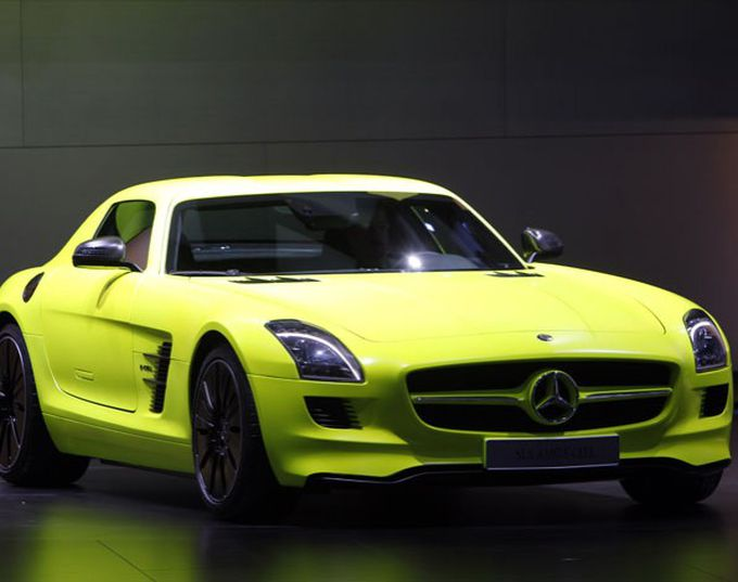 Mercedes Benz SLS AMG E-Cell