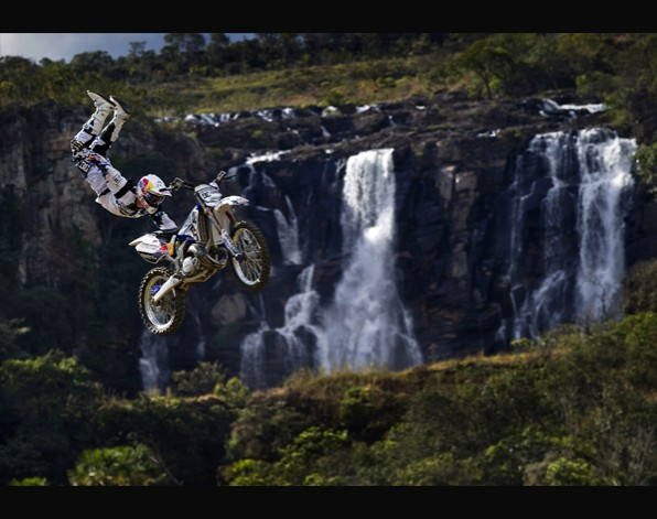 Motocross en plena naturaleza